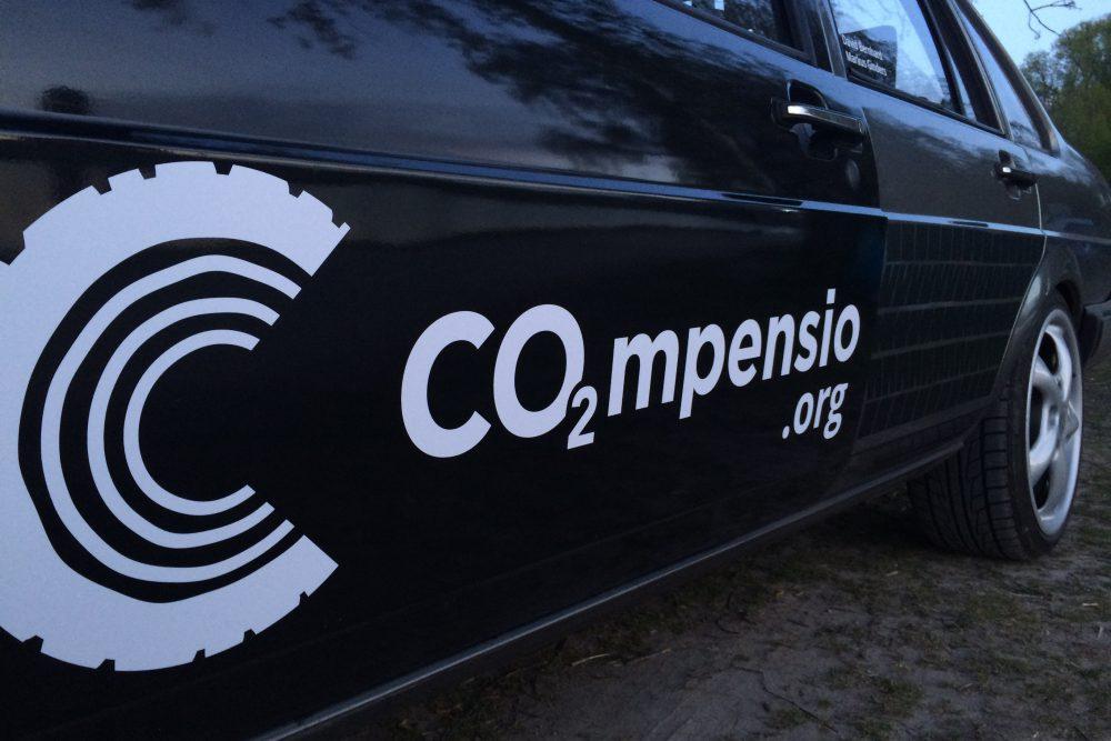 Aus dem Passat wird das Öko-Rallye-Gefährt - CO2mpensio