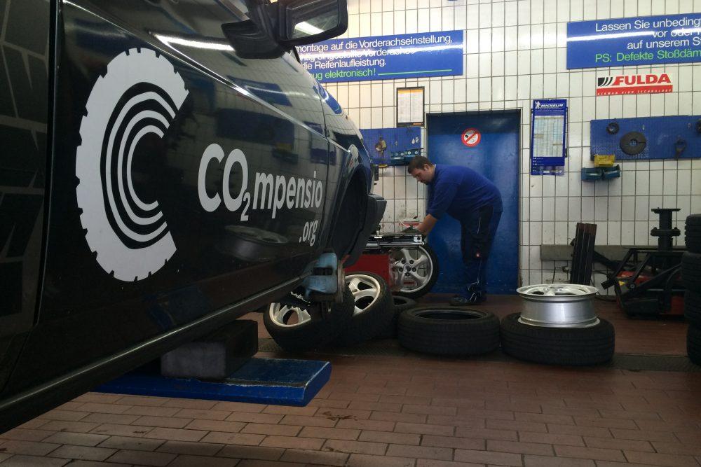 Neue Fulda-Reifen und Inspektion von David's Patenkind - CO2mpensio
